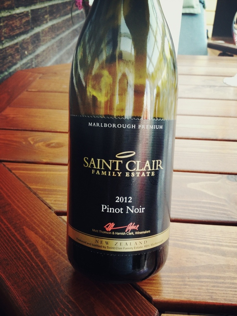 Saint Clair Pinot Noir, 2012